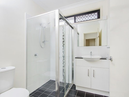 $160, Flatshare, 3 bathrooms, Glenalva Terrace, Enoggera QLD 4051