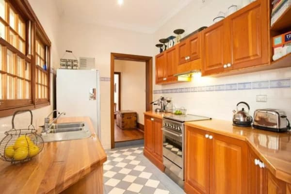 $350, Share-house, 3 bathrooms, Darghan Street, Glebe NSW 2037
