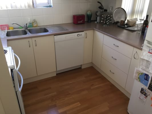 $350, Flatshare, 2 bathrooms, Neptune Street, Coogee NSW 2034