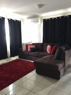 $215, Flatshare, 2 bathrooms, Hoogley Street, West End QLD 4101