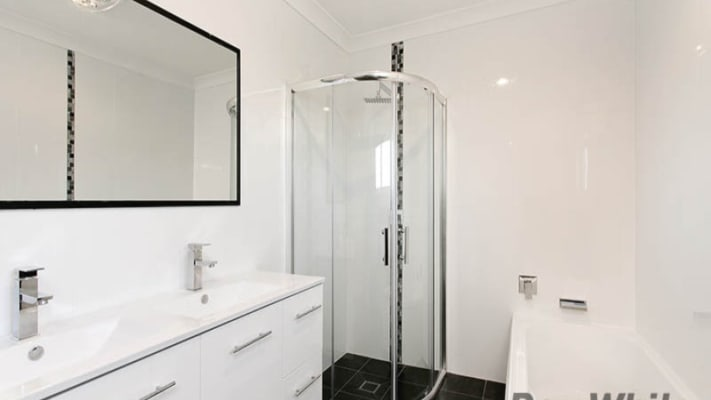 $180, Share-house, 4 bathrooms, Albert Street, Unanderra NSW 2526
