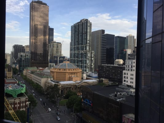 $650, Whole-property, 2 bathrooms, La Trobe Street, Melbourne VIC 3000