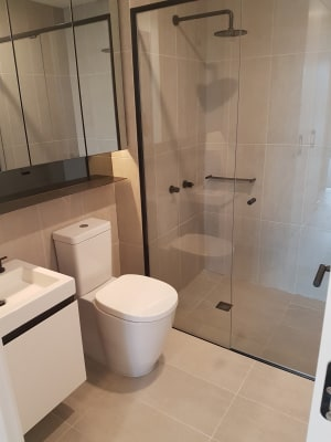 $330, Flatshare, 2 bathrooms, Railway Place, Cremorne VIC 3121