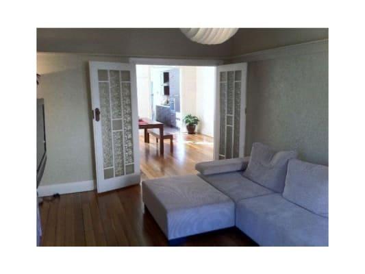 $295, Flatshare, 2 bathrooms, Princes Street, Saint Kilda VIC 3182