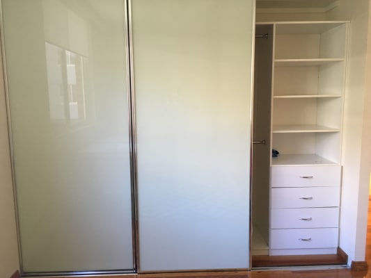 $350, Whole-property, 2 bathrooms, Bonar Street, Wolli Creek NSW 2205