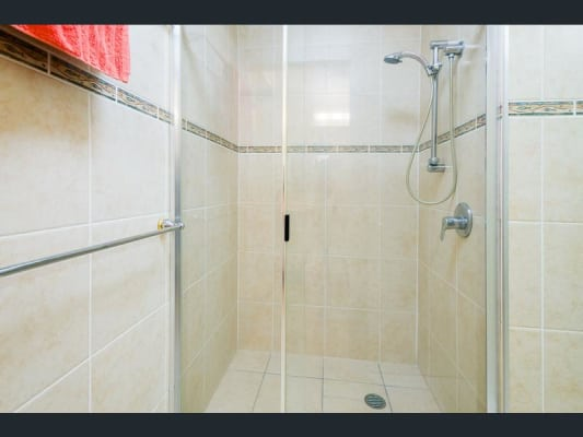 $380, Whole-property, 1 bathroom, Harry Mills Drive, Worongary QLD 4213