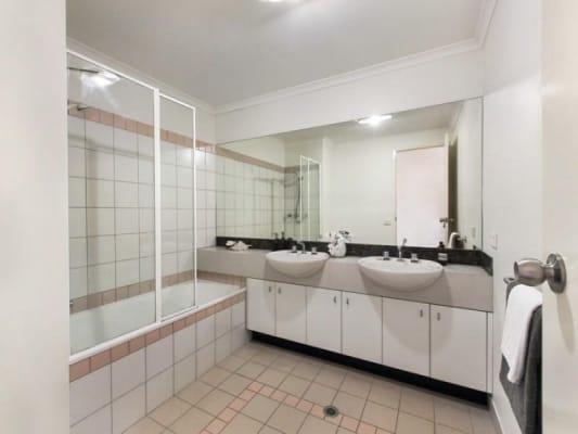 $150, Flatshare, 3 bathrooms, High Street, Kew VIC 3101