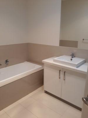 $175, Share-house, 3 bathrooms, Cole Street, Laverton VIC 3028