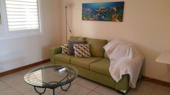 $130, Share-house, 3 bathrooms, Remembrance Drive, Surfers Paradise QLD 4217