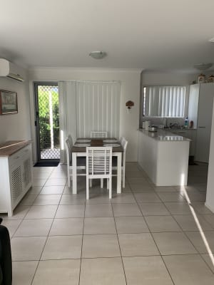 $180-220, Share-house, 2 rooms, Macarthy Road, Marsden QLD 4132, Macarthy Road, Marsden QLD 4132