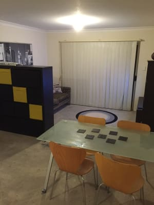 $210, Flatshare, 2 bathrooms, Ann Street, Surry Hills NSW 2010