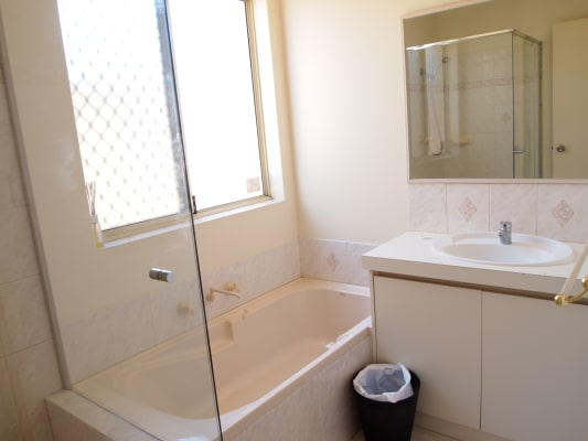 $410, Whole-property, 3 bathrooms, Quinn Avenue, Bentley WA 6102