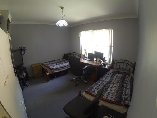 $160, Flatshare, 3 bathrooms, Warialda Street, Kogarah NSW 2217