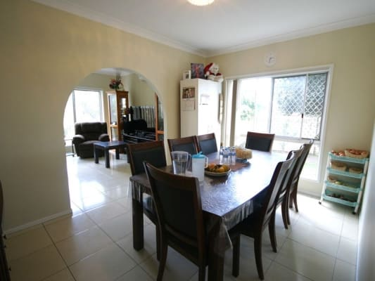 $190, Share-house, 4 bathrooms, Mains Road, MacGregor QLD 4109
