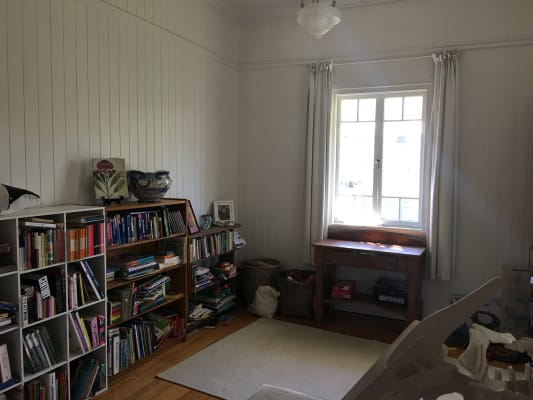$180, Share-house, 2 bathrooms, Bardsley Avenue, Greenslopes QLD 4120