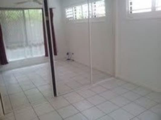 $170, Flatshare, 2 bathrooms, Whiting Street, Labrador QLD 4215