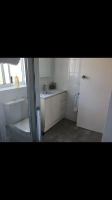 $310, Flatshare, 2 bathrooms, Pittwater Road, Narrabeen NSW 2101