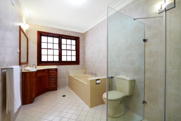 $410, Flatshare, 2 bathrooms, King Street, Dundas Valley NSW 2117