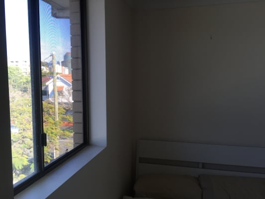 $215, Flatshare, 2 bathrooms, Sydney Street, New Farm QLD 4005