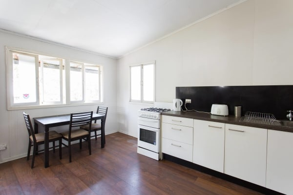 $170, Share-house, 3 bathrooms, Rosa Street, Spring Hill QLD 4000