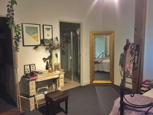 $260, Flatshare, 3 bathrooms, Vernon Terrace, Teneriffe QLD 4005
