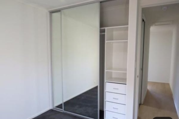 $145, Flatshare, 2 bathrooms, Trunnel Court, Seaford Meadows SA 5169