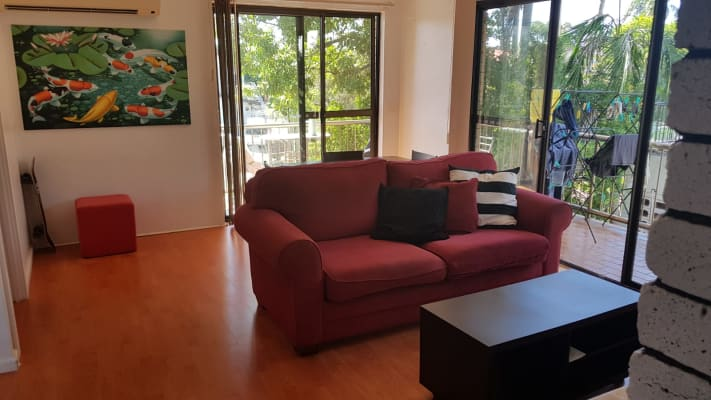$180, Share-house, 3 bathrooms, Peninsular Drive, Surfers Paradise QLD 4217