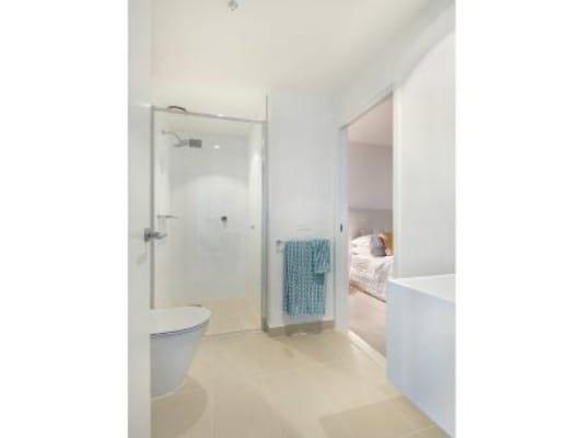 $340, Flatshare, 2 bathrooms, City Road, Southbank VIC 3006