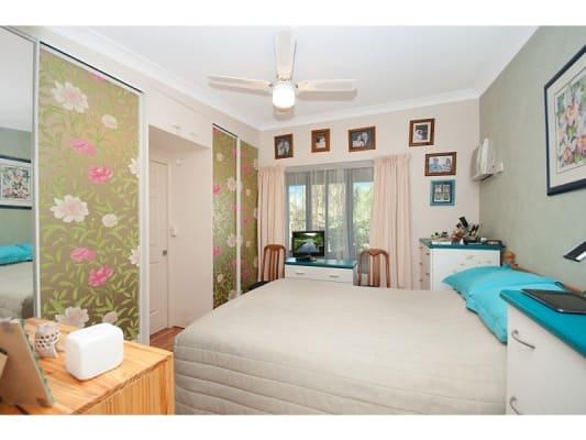 $260, Granny-flat, 1 bathroom, Halloran Street, Hermit Park QLD 4812
