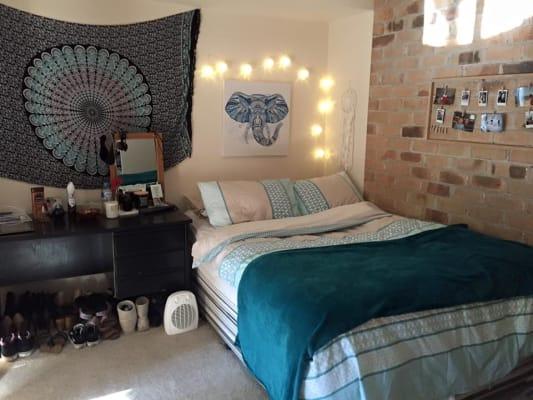 $129, Share-house, 6 bathrooms, Ballybunion Drive, Parkwood QLD 4214