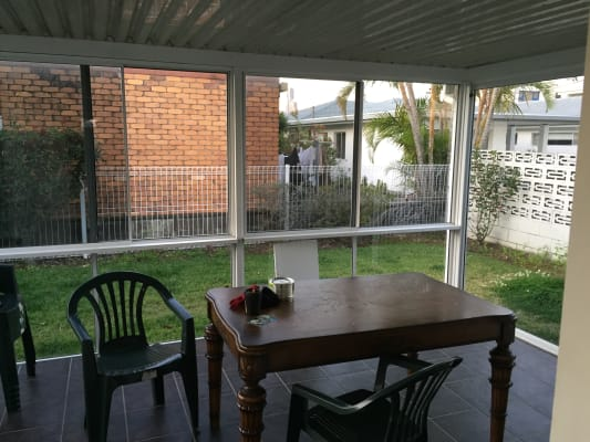$200, Share-house, 3 bathrooms, Monaco Street, Broadbeach Waters QLD 4218