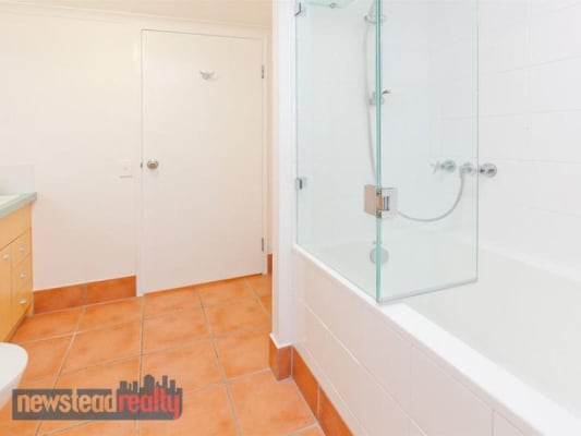 $150, Flatshare, 2 bathrooms, Gotha, Fortitude Valley QLD 4006