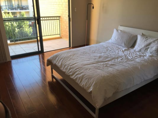 $350, Flatshare, 3 bathrooms, Dalmeny Avenue, Rosebery NSW 2018