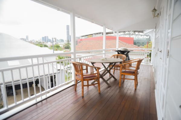 $185, Share-house, 4 bathrooms, Hall Street, Paddington QLD 4064