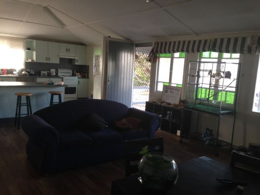 $126, Share-house, 4 bathrooms, Mitchell Street, North Ward QLD 4810