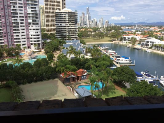 $250, Flatshare, 2 bathrooms, Commodore Drive, Surfers Paradise QLD 4217