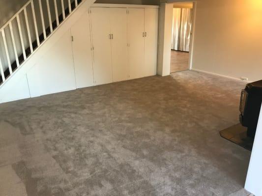 $350, Whole-property, 2 bathrooms, Kerr Street, Charlestown NSW 2290
