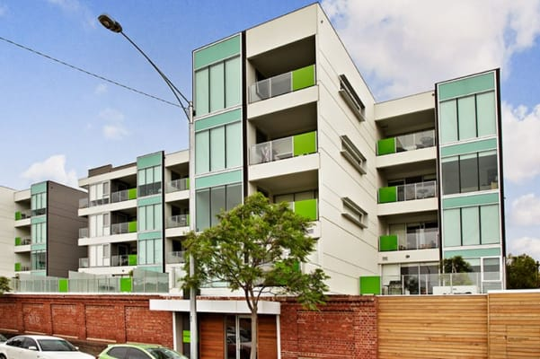 $220, Flatshare, 2 bathrooms, Macaulay Road, North Melbourne VIC 3051