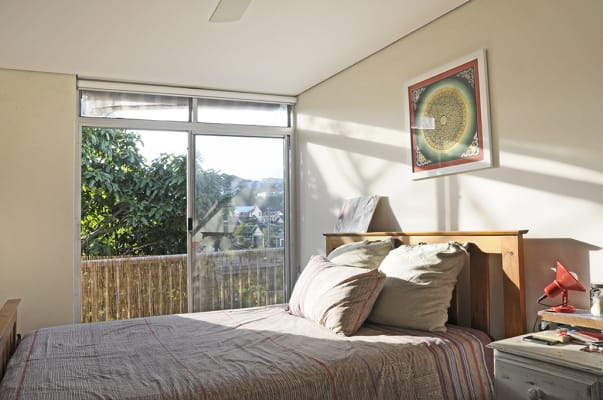 $490, 1-bed, 1 bathroom, Arden Street, Clovelly NSW 2031
