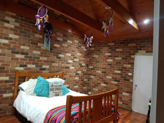 $220, Whole-property, 3 bathrooms, Aries Way, Elermore Vale NSW 2287