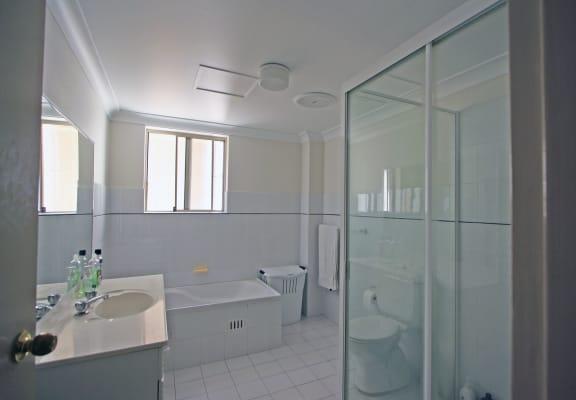 $275, Flatshare, 3 bathrooms, Pacific Highway, Lindfield NSW 2070