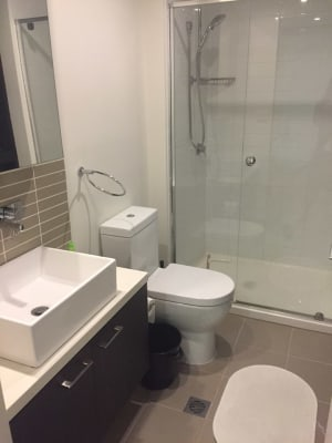 $150, Flatshare, 2 bathrooms, Sutherland Street, Melbourne VIC 3000