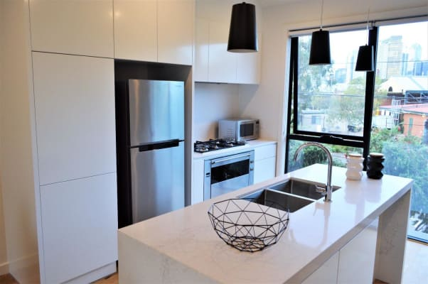 $240, Share-house, 3 bathrooms, Boundary Street, Port Melbourne VIC 3207