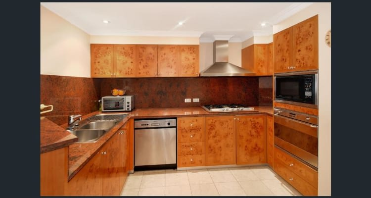 $550, Flatshare, 4 bathrooms, Bond Street, Sydney NSW 2000