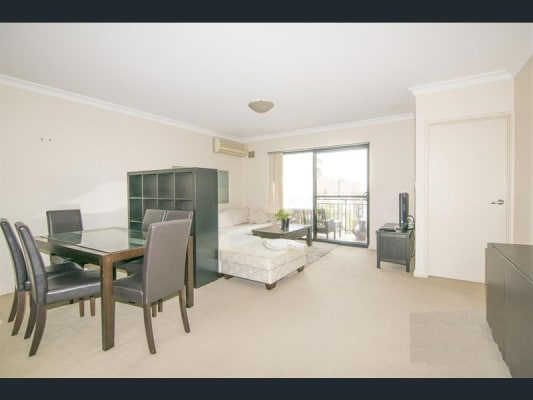 $175, Flatshare, 3 bathrooms, Bronte Street, Perth WA 6004