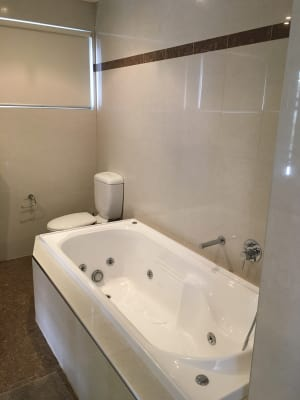 $240, Share-house, 3 bathrooms, Sebastopol Street, Saint Kilda East VIC 3183