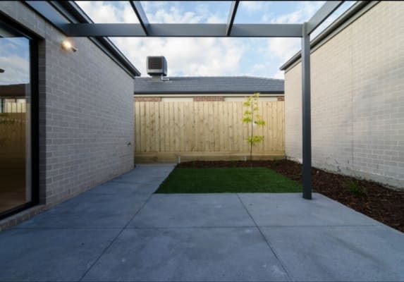 $144, Share-house, 3 bathrooms, Digby Avenue, Belmont VIC 3216