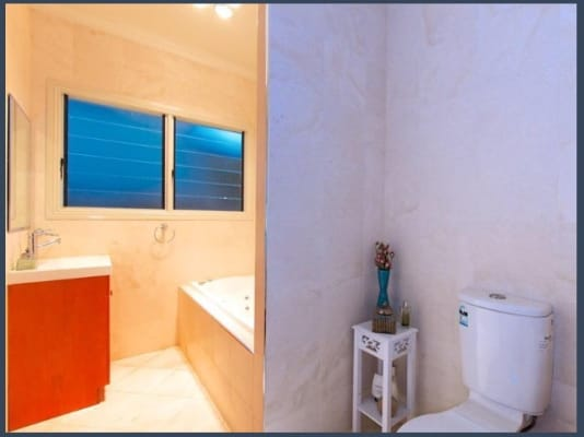 $240-290, Share-house, 2 rooms, Longfellow Street, Norman Park QLD 4170, Longfellow Street, Norman Park QLD 4170