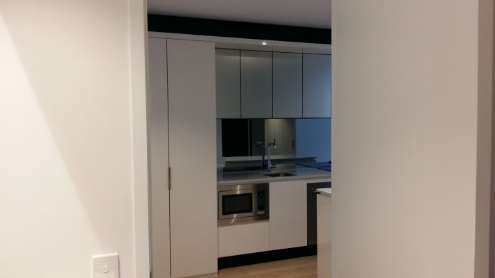 $180, Flatshare, 2 bathrooms, Rose Lane, Melbourne VIC 3000