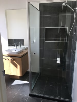 $160, Student-accommodation, 4 bathrooms, Woodline Drive, Spring Mountain QLD 4124